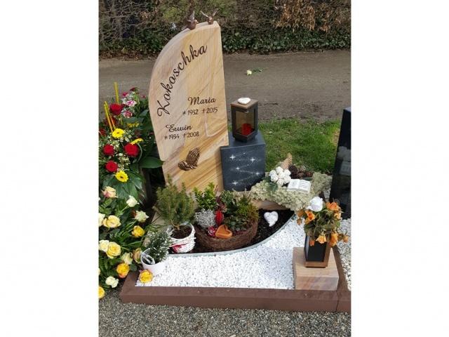 Mühlbrecht Urnengrab 12