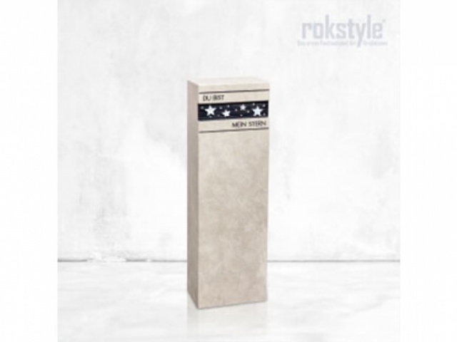 Rokstyle Urnengrab 1